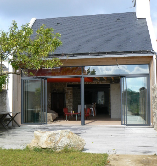 Maison la cabane rouge riguidel architectes ete for A la maison rouge